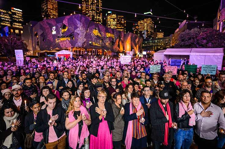 Melbourne vigil for bi and gay Chechen men