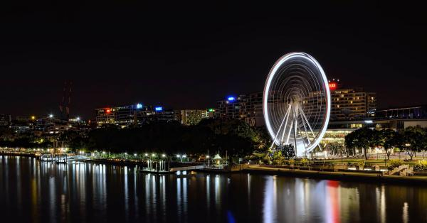 The South Brisbane wheel and Brisbane river.